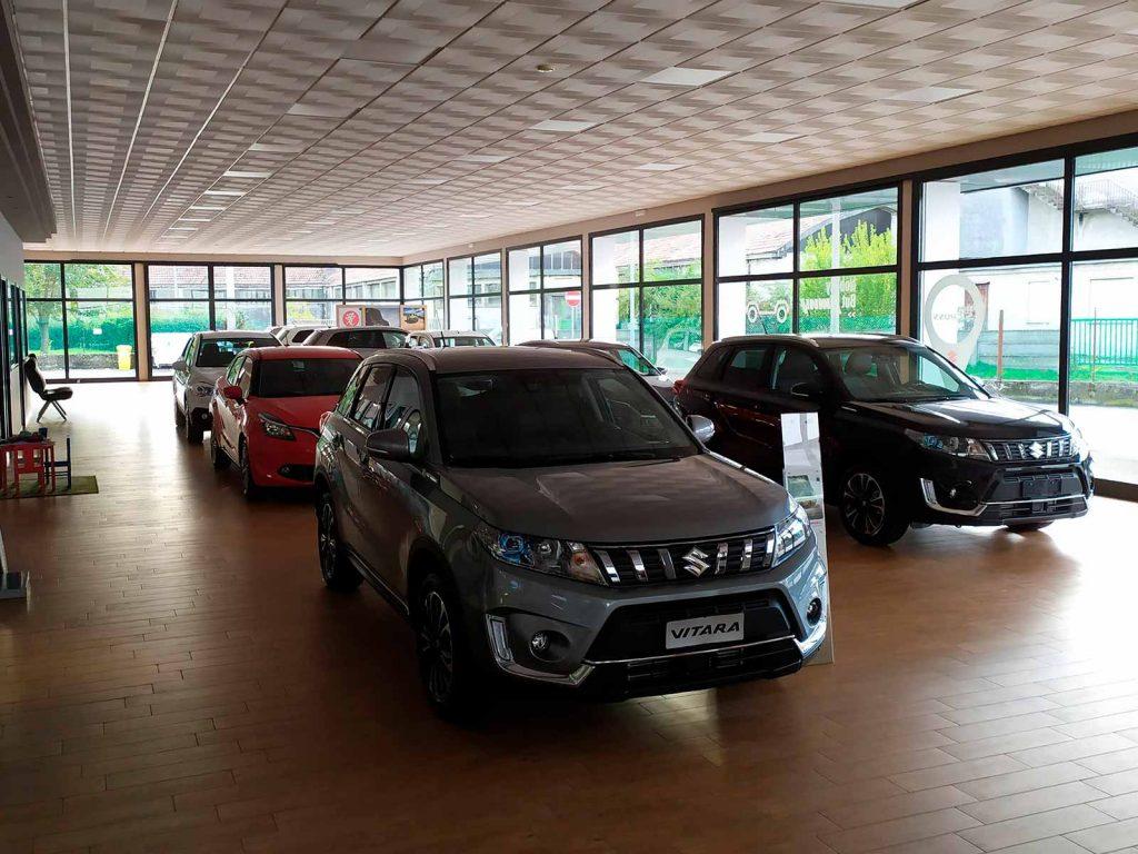 seren-automobili-concessionaria-suzuki-rovigo-showroom