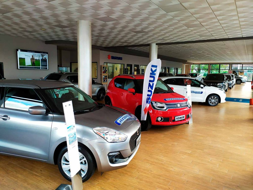 seren-automobili-concessionaria-suzuki-rovigo-showroom-4